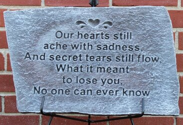 Hearts Ache Plaque from Schultz Florists, flower delivery in Chicago
